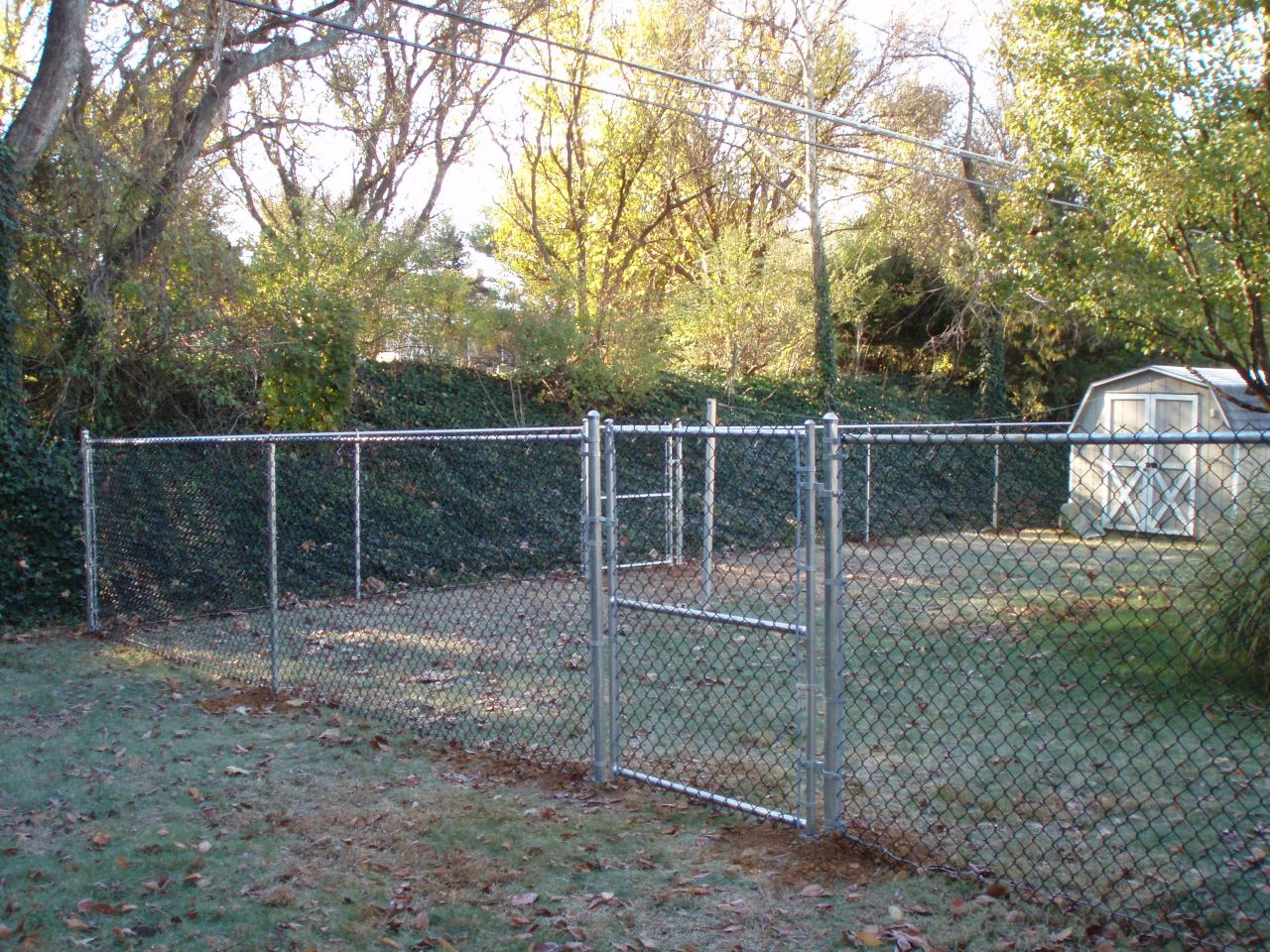 Chainlink Fencing & Fence Doctor LLC - Chainlink Fencing